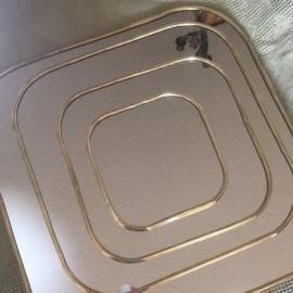 Miroir carré bord laiton