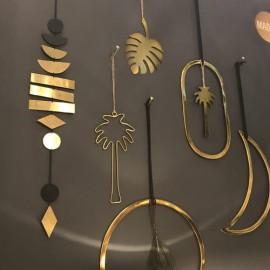 Mur de Suspension décorative métal doré - Madam Stoltz