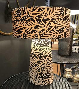 lampe-de-salon-a-poser-coton-imprime-feuille-madame-stoltz-beaumstore