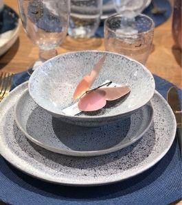 vaiselle-grès-émaillé-bleu-pomax